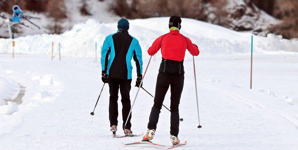 Спасатели посоревновались на лыжных гонках в Сокольниках