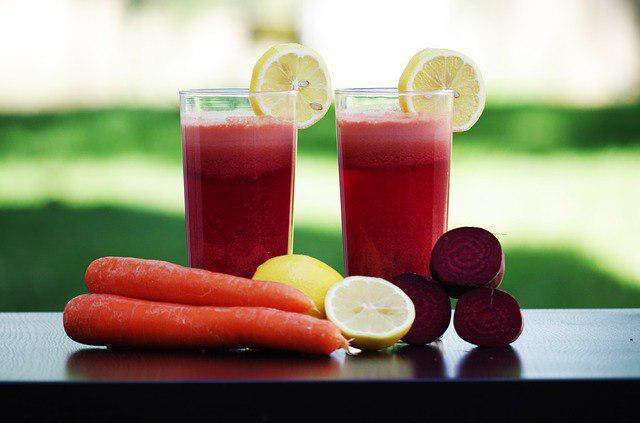 Дошколятам с улицы Барболина рассказали о пользе натуральных витаминов