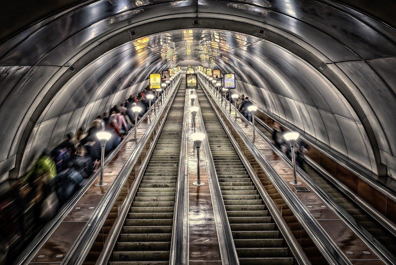 Новые составы «Москва» выйдут на красную ветку метро
