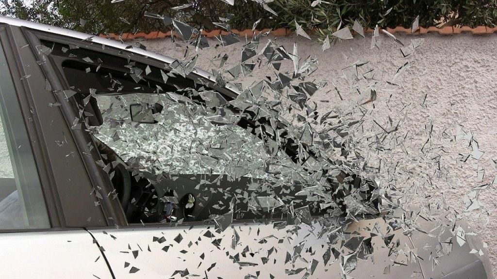 На Матросской Тишине произошла авария из-за невнимательности водителя такси