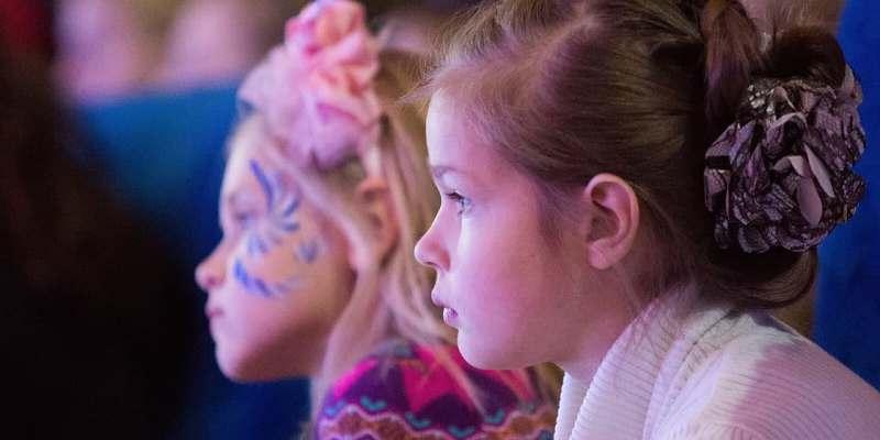 Москва и Петербург объединят усилия для развития детского туризма в двух регионах